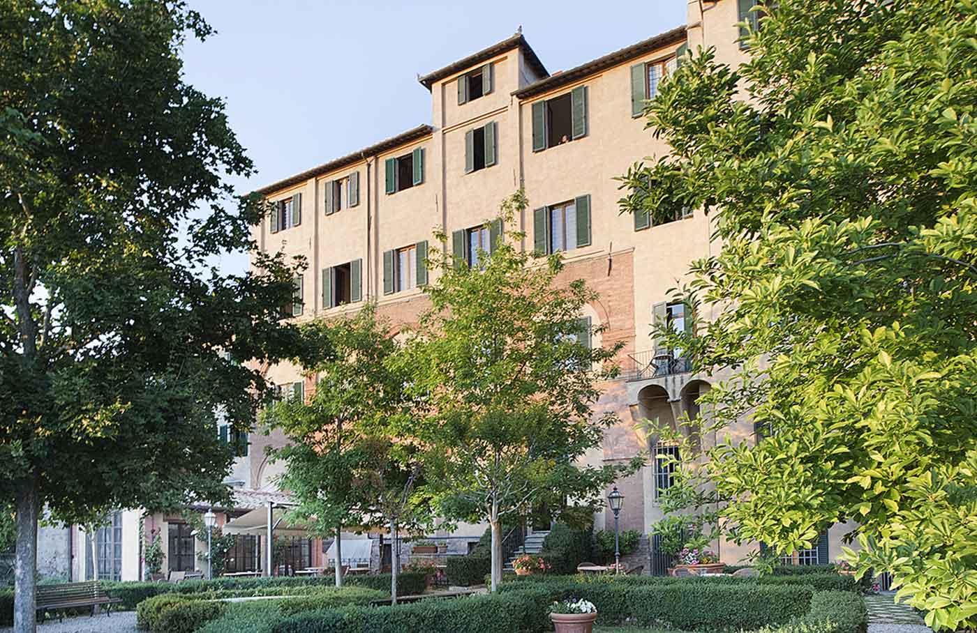 Accommodation siena italy hotel palazzo ravizza relais for Accomodation siena